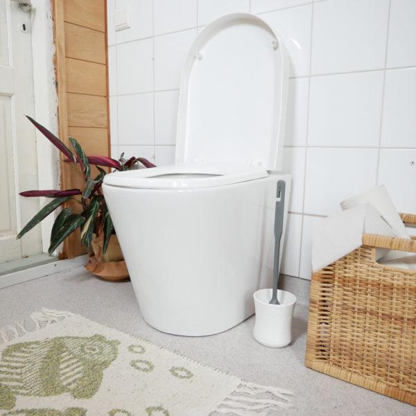 Green Toilet Lux sisätilassa kansiauki